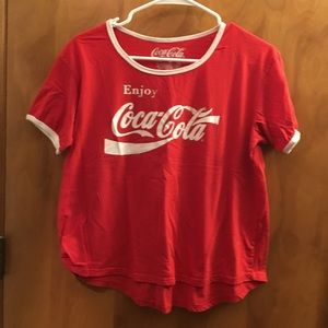Coca-cola red short sleeve graphic tee